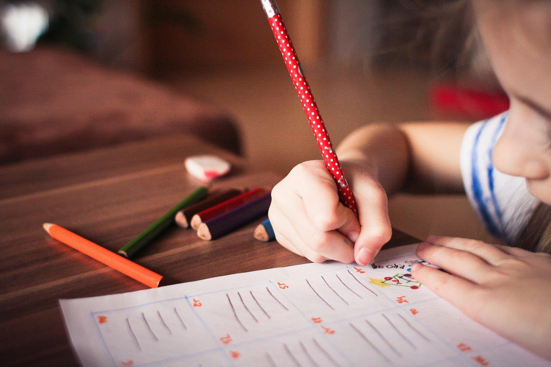 5 façons de développer les compétences organisationnelles de votre enfant